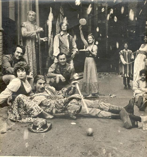 Original Delacorte cast featuring Raul Julia, Carla Pinza (holding tambourines) as Julia and to the far right, Miss Jonelle Allen as Sylvia. Joseph Papp (Producer of the NYSF) is kneeling to the far left.