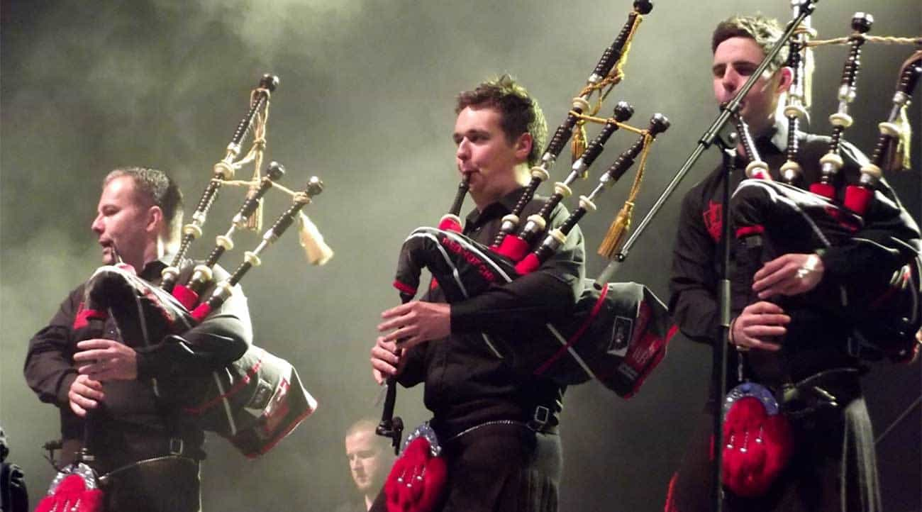 Red Hot Chilli Pipers - Charity single remembers 9/11 firefighters