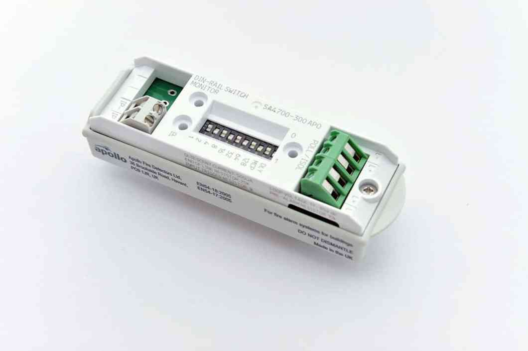 apollo-din-rail-switch-monitor-1300x865