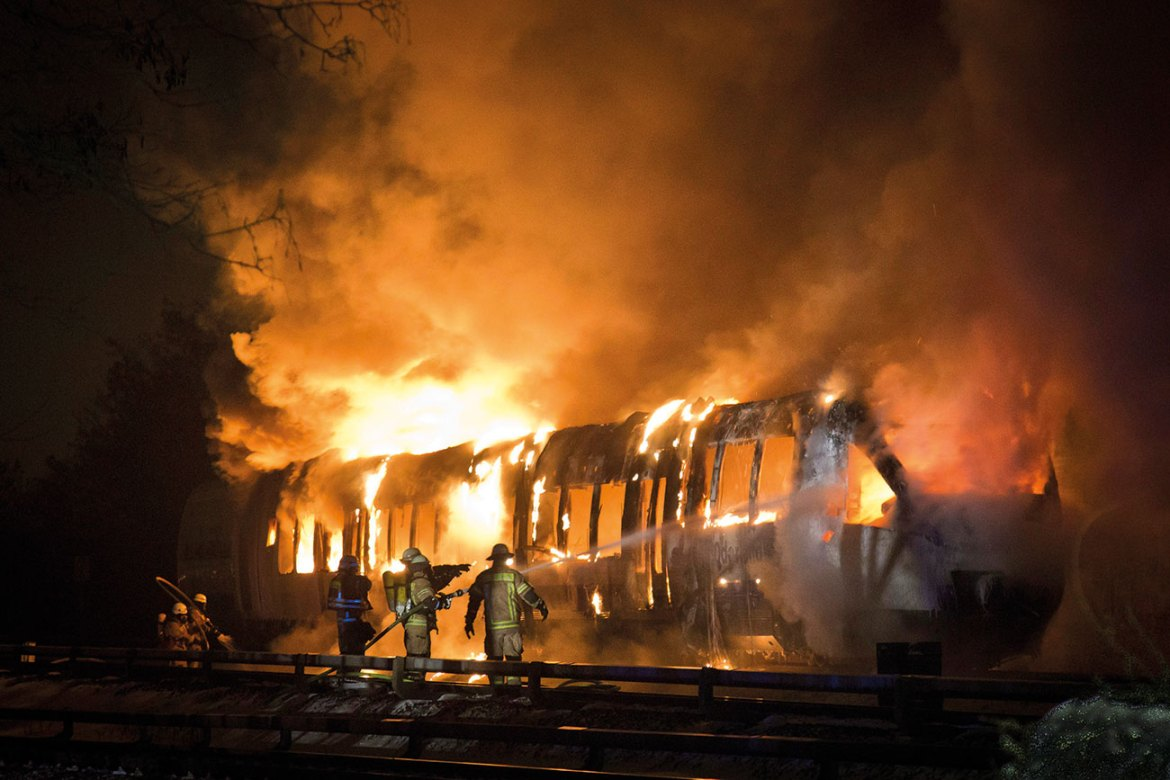 A burning passenger rail car near Berlin in Germany. Luckily, no people were hurt in this incident, but the operator suffered a prolonged business interruption and huge financial damage.