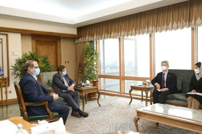 Iran, South Korea Reach Deal on Transfer of Iranian Assets