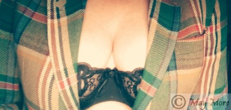 dare to show your cleavage Truth or dare