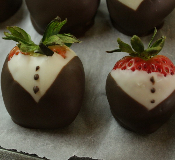 Chocolate covered strawberres
