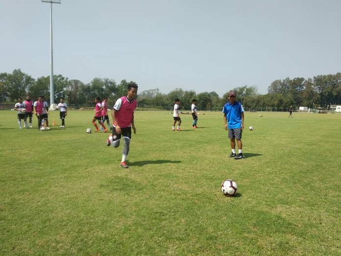 Up and close with Chhinga Veng head coach Lalsangzuala img 20190609 wa00851897832245