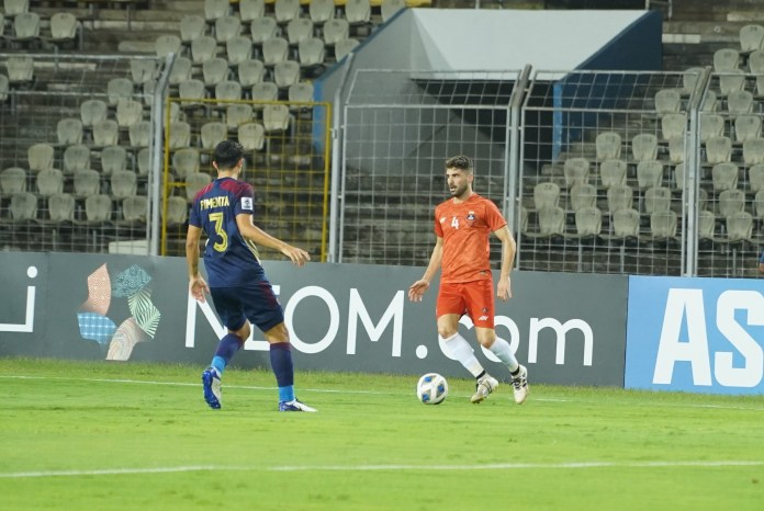 Match Report - FC Goa put in a valiant effort against Al Wahda to secure a point Ivan Gonzalez on the ball FC Goa va Al Wahda AFC Champions League 2021