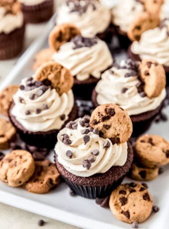 Cookie Dough Frosting Cupcakes