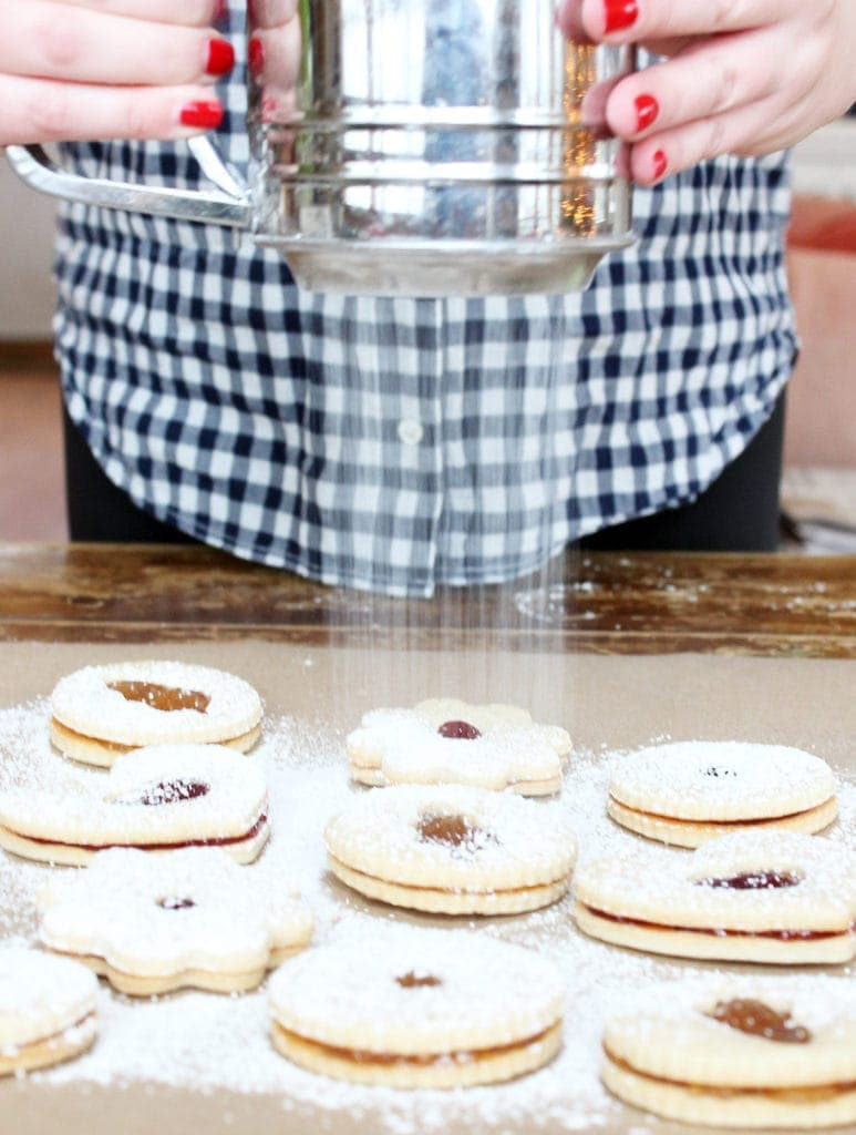 Dusted Jelly Sandwich Cookies are a Christmas tradition | Recipe on If You Give a Blonde a Kitchen