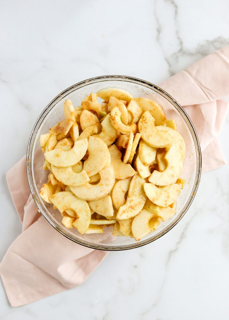 glass bowl with apple pie filling
