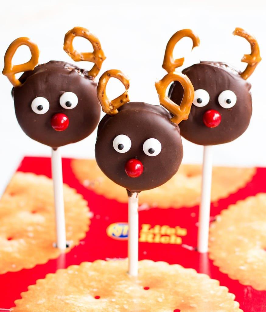 Peanut Butter Sandwich Reindeer Pops   www.ifyougiveablondeakitchen.com