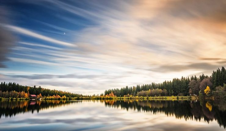 Autumn Breeze: Herbsstimmung am Fichtelsee. Foto (c) Simon Markhof.