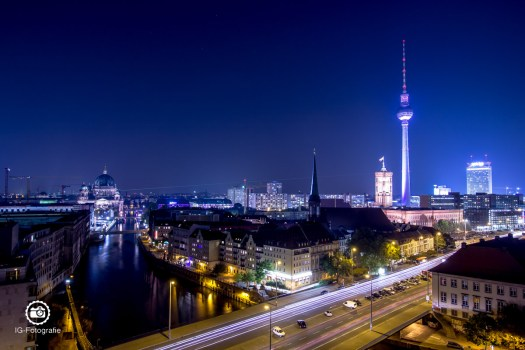 Berlin-Fischerinsel-Dom-Fernsehturm-Skyline-1