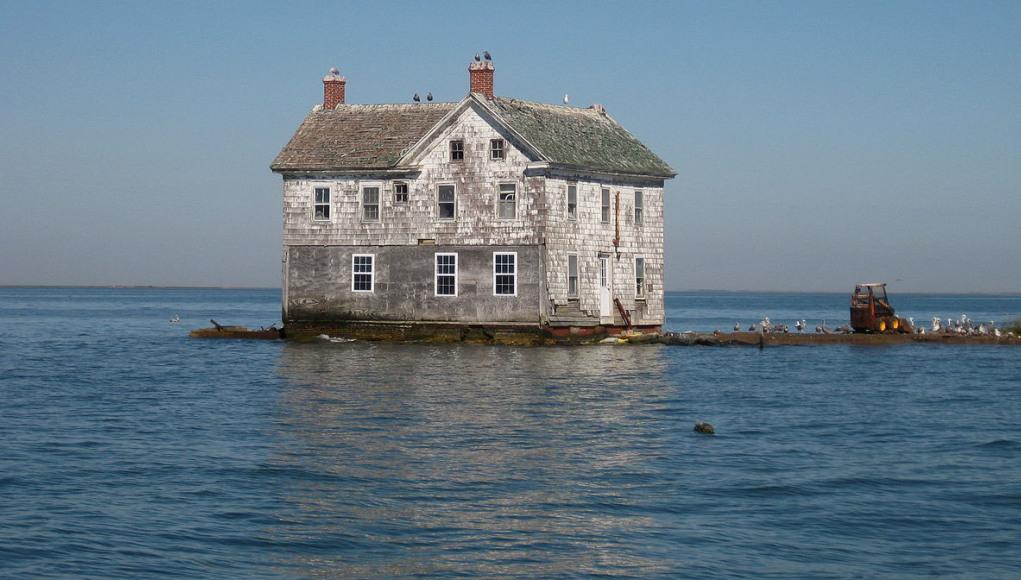 Last-House-Holland-Island