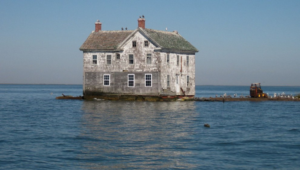 Last-House-Holland-Island