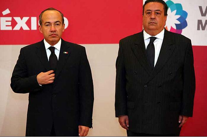 Presidente Felipe Calderón nombró a Fernando Francisco Gómez Mont Urueta como Secretario de Gobernación.