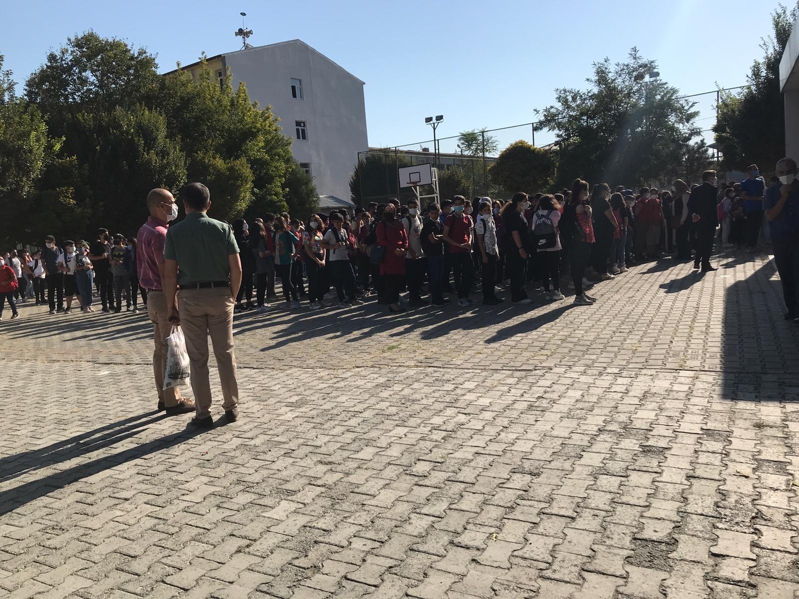 Iğdır'da öğrencilerin yüz yüze eğitim heyecanı