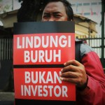 """Indonesia in Covid-19 Vortex:  """"Workers' Resistance to Waves of Mass Layoffs & Omnibus Law"""""""