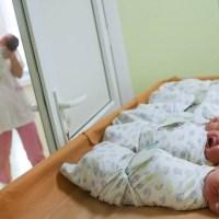 В Воронеже открыт сбор на нянечек для брошенных грудничков