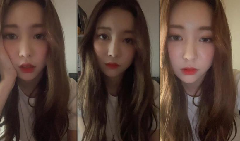 Jane (MOMOLAND)'s Instagram Live Stream from January 22th 2021.