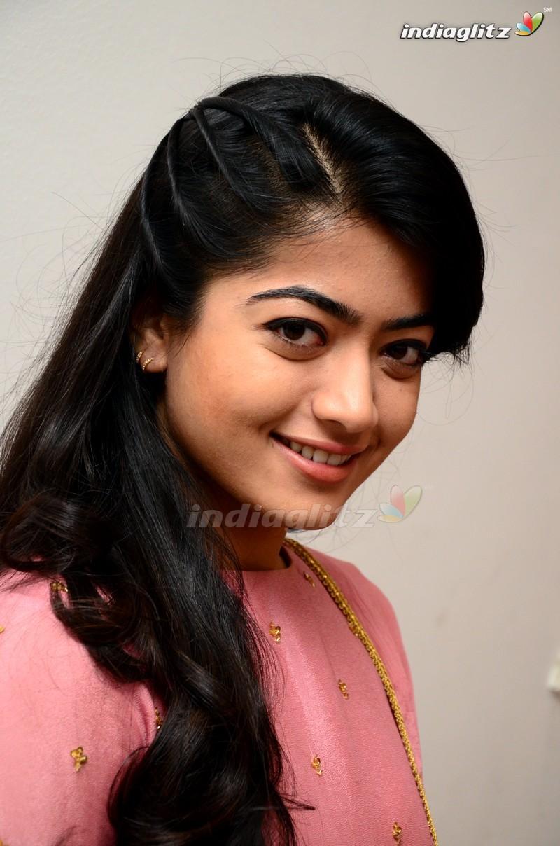 Tamil Actors Holidays OO