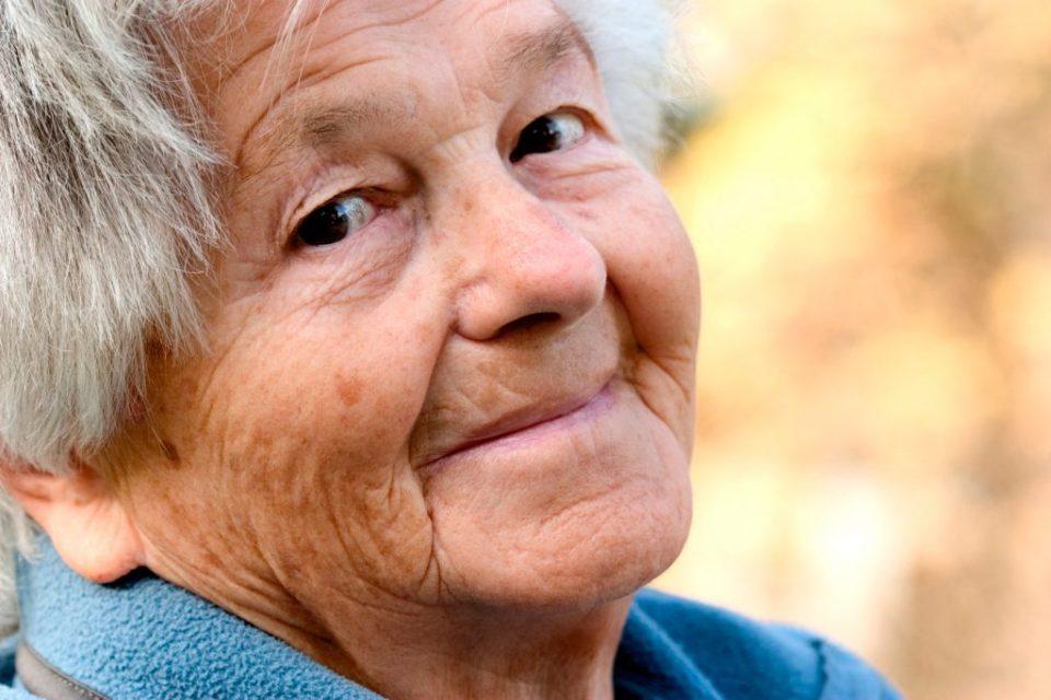 Anciana sonriente