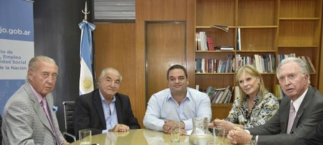 Paritaria 2017: Empleados de Comercio firmó el 20% en dos tramos - acta acuerdo