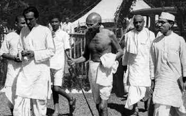 Ghandi leads the 1930 Great Salt March (indiatoday.in)