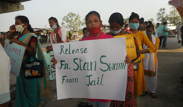 Protestoers at a raly for Fr. Stan Swarmy in Darjeeling, India. Credit: Pascal XaXo SJ