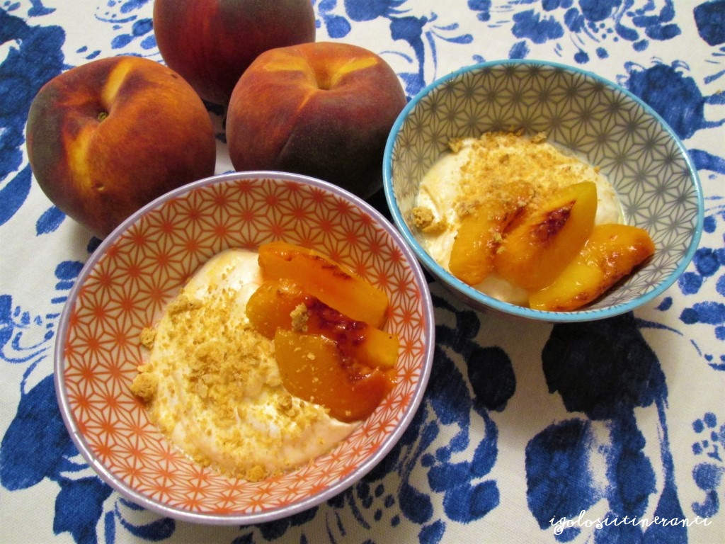 50 sfumature di arancio: mousse di pesche caramellate e miele