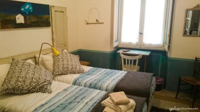 Camera da letto del Bed & art a Torino, un B&b molto bello e artistico