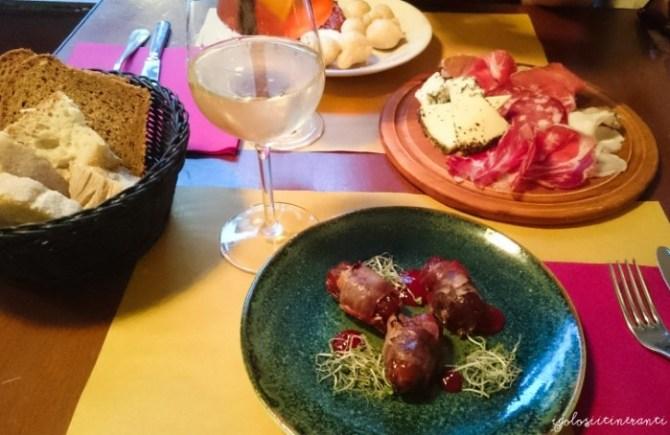 Tapas fusion per un aperitivo particolare, presso Cantine Meccaniche, Torino