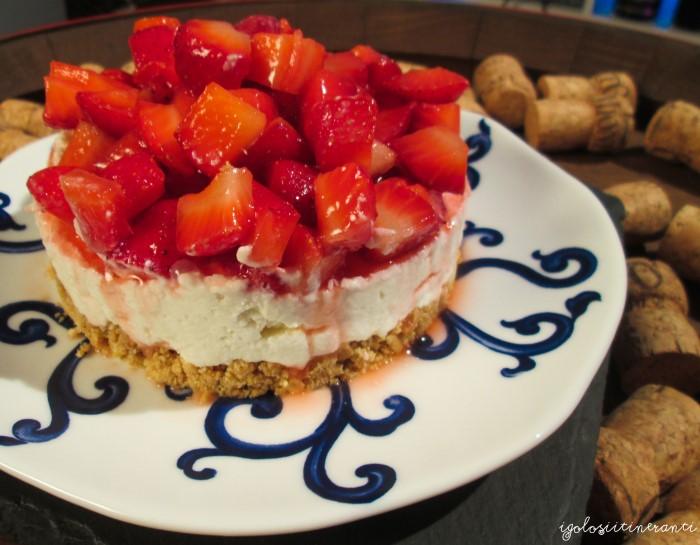 Abbinamenti golosi: cheesecake alle fragole e Manzoni Moscato