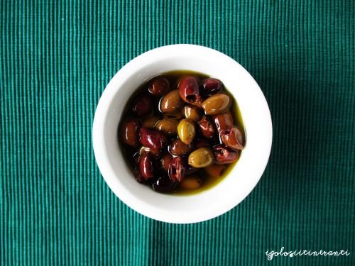 Abbinamenti golosi: caserecce con olive taggiasche e vino Grillo