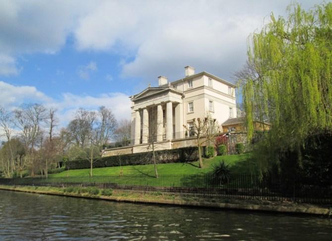 Case lungo il Regent's Canal