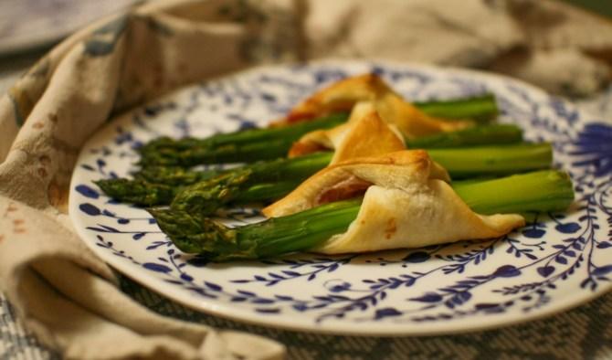Asparagi e pancetta nella pasta sfoglia