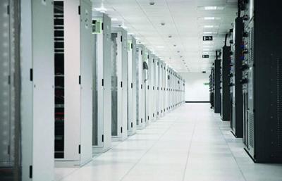 Какие выгоды от размещения серверов в Дата-центре?
