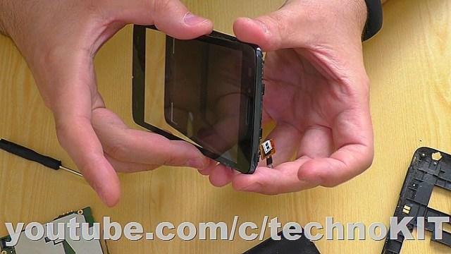 Устанавливаем новый сенсорный элемент на смартфон