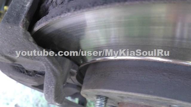 Износ тормозных дисков Kia Soul AM и колодок