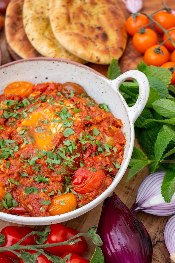 Mirza Ghasemi Recipe - Smokey Eggplant, Tomato and Egg Dip - Persian Recipes | igoritfommymaman.com #persianrecipes #persianfood