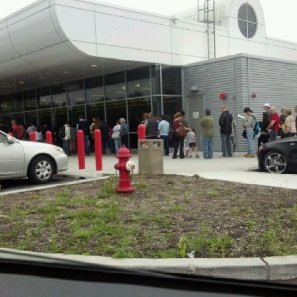 Photo Taken At New Jersey Motor Vehicle Commission By Raymond C On 5 25