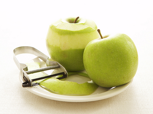 apple(green)withpeeler