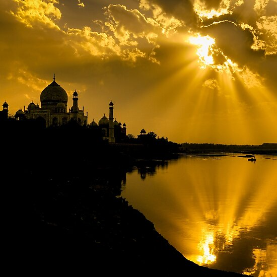 Product image link to buy 'Taj Mahal God Rays' Photographic Print by Glen Allison