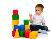 """9 игрушек """"must have"""" для ребенка от года"""