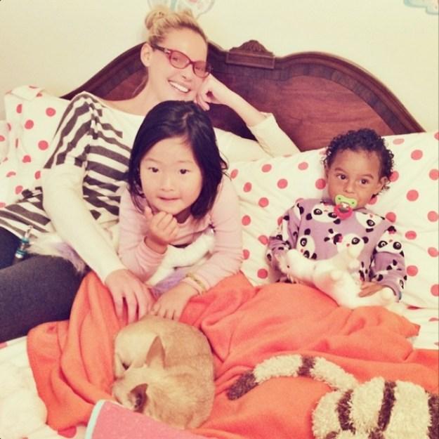 кэтрин хайгл с дочками