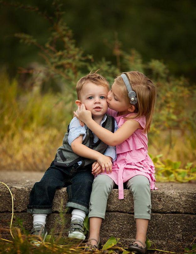 сестренка и братик