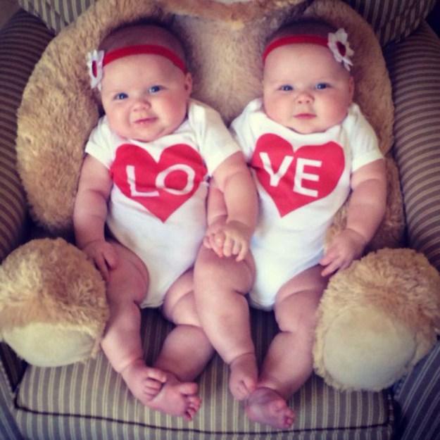 фотографии близняшек