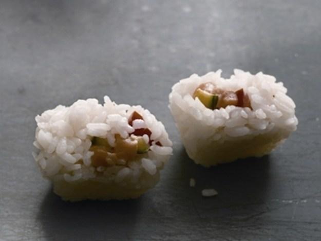 суши в формочках для льда