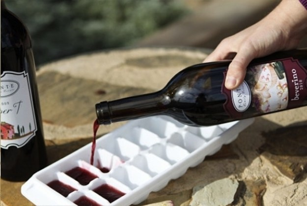заморозить вино