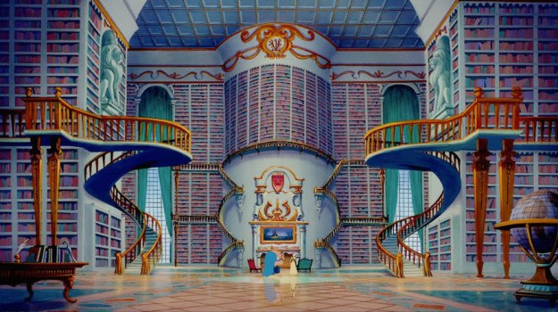 Микки спрятался в зале из Красавицы и Чудовища