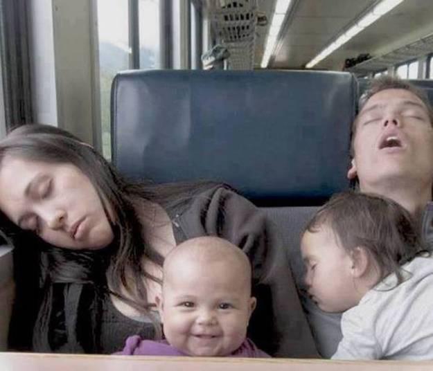 Счастье поспать 5 минут в транспорте