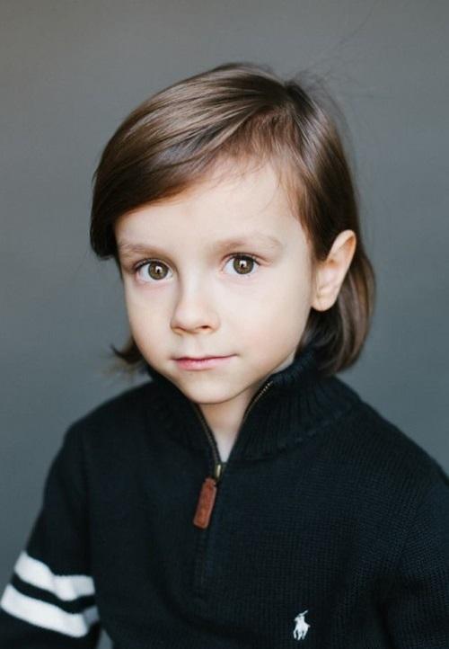 папа - бельгиец, мама - русская. Лукас, 5 лет